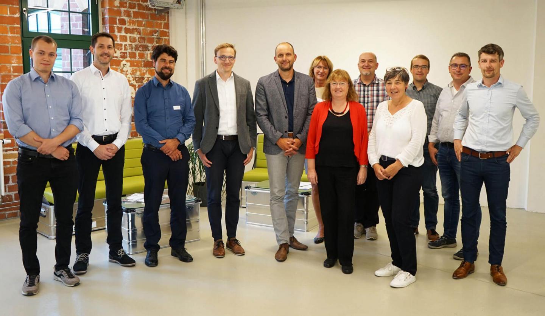 Die Teilnehmer des Forschungsprojekts WIRksam beim Kick-Off-Meeting in Zittau